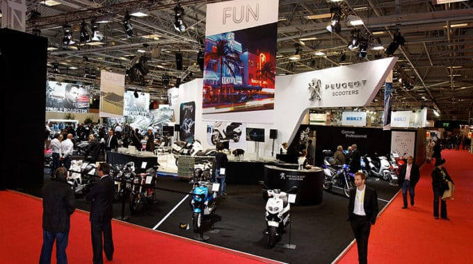 Salon professionnel : quels supports pour bien organiser son stand ?