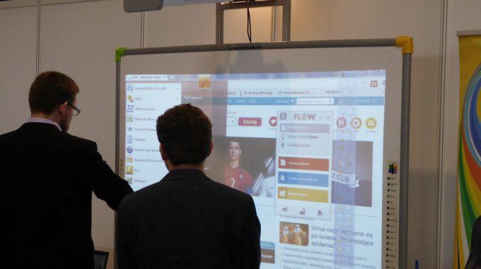 Le nouveau tableau d'affichage interactif de Steeple veut faciliter la communication interne